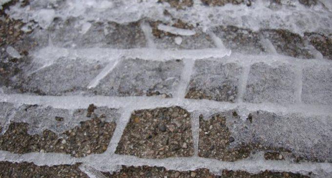 Upadek na chodniku – jakie dowody zebrać, aby móc dochodzić odszkodowania