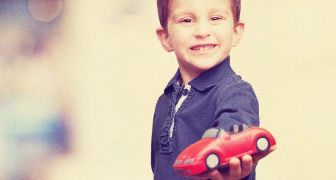 Dlaczego młodzi płacą więcej za ubezpieczenie samochodu?